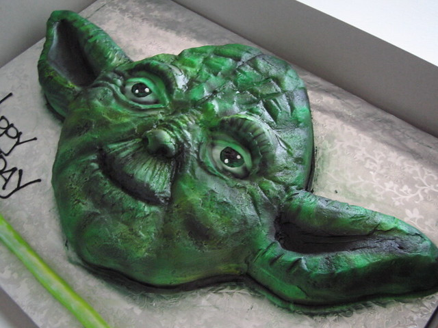 Le Meilleur Yoda Cake Hand Carved Natch Yoda Cake Not In Shot Ce Mois Ci