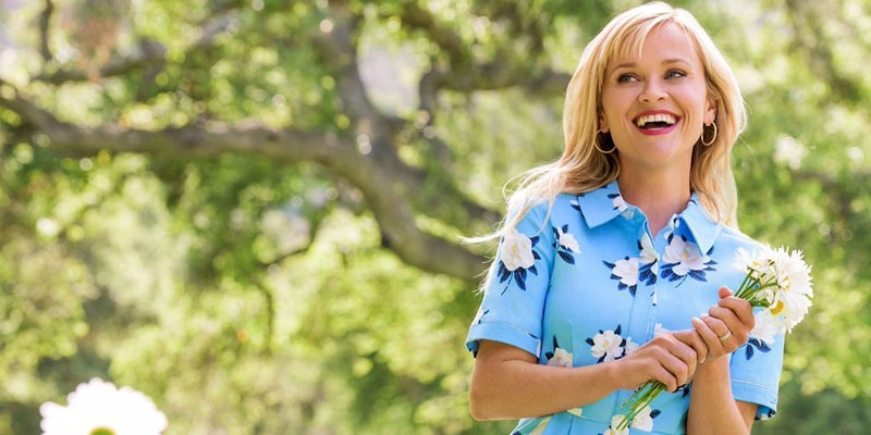 Le Meilleur Reese Witherspoon's Fashion Brand Collabs With Net A Ce Mois Ci