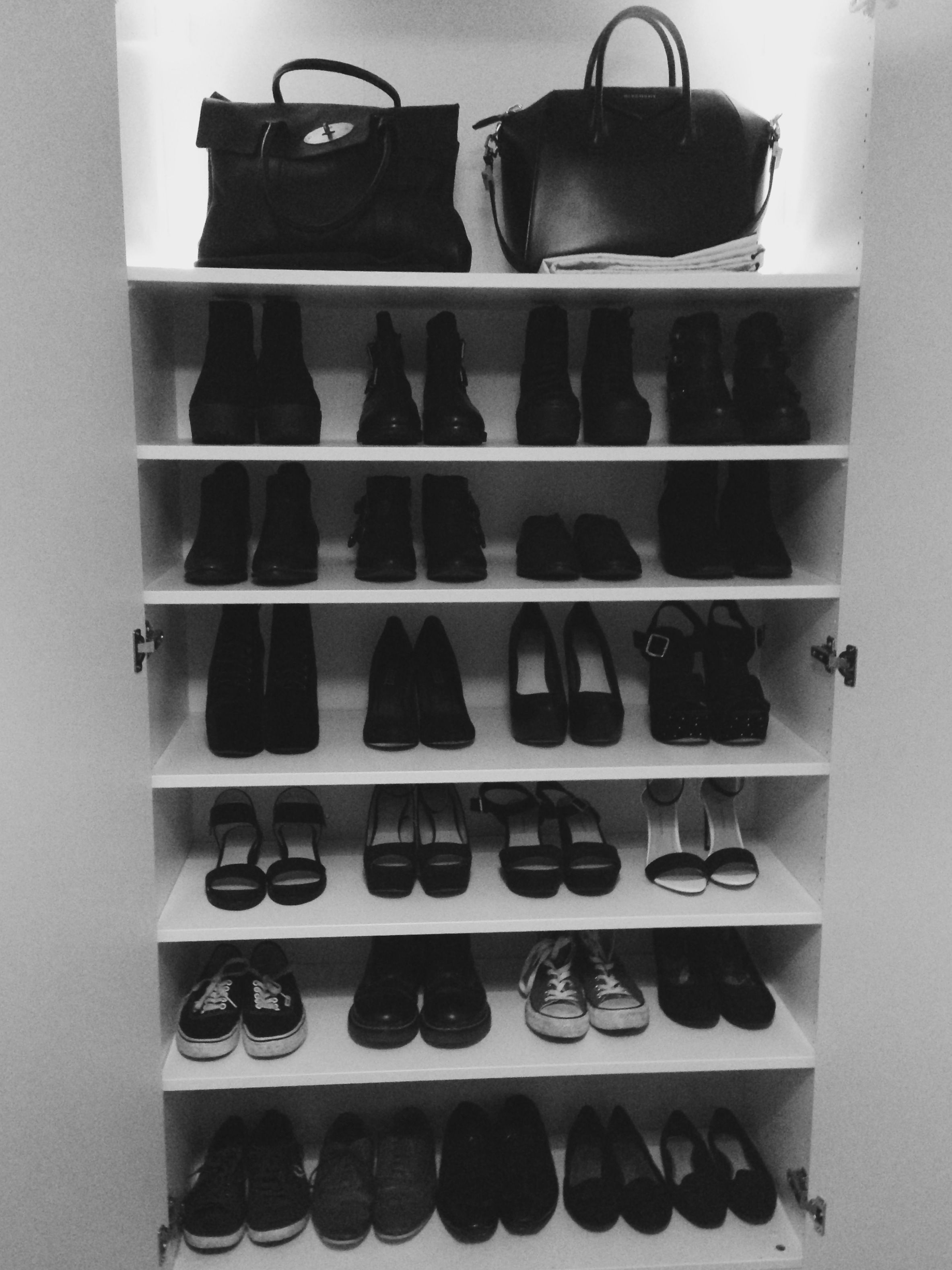 Le Meilleur How I Store My Favourite Shoes And Bags Ikea Pax Wardrobe Ce Mois Ci