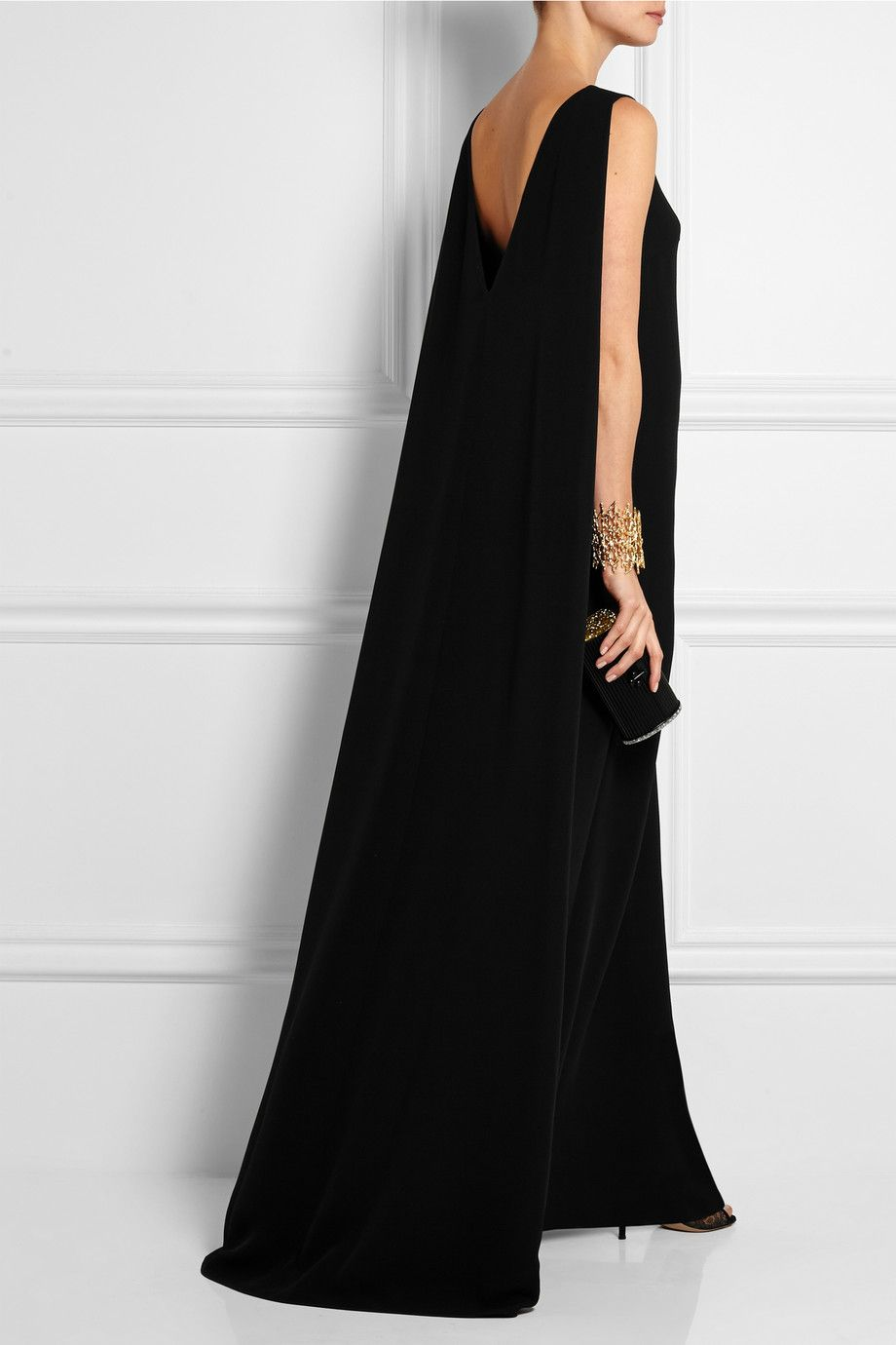 Le Meilleur Valentino Silk Cady Gown Net A Porter Com Things To Ce Mois Ci