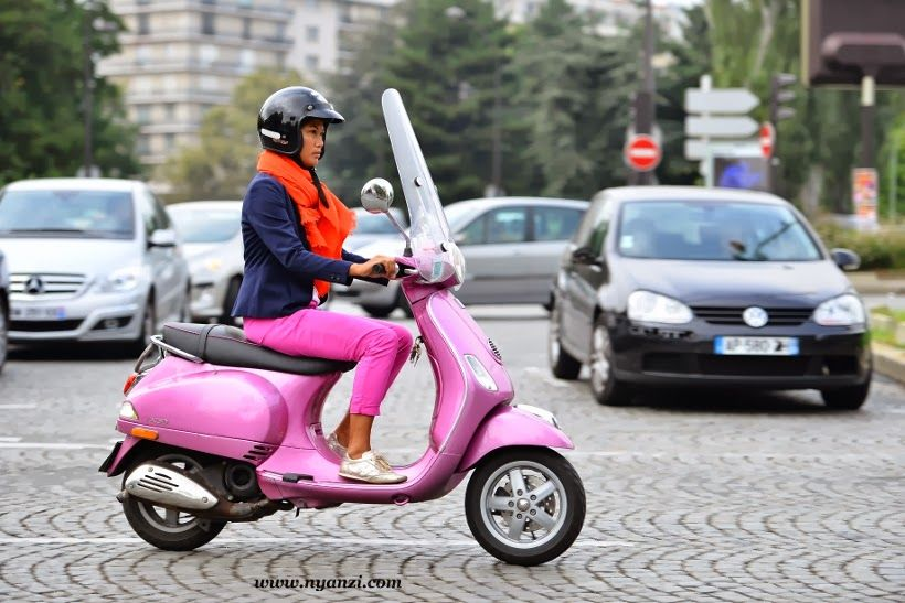 Le Meilleur Ride Around On A Neon Pink Vespa Mood Board Pink Ce Mois Ci