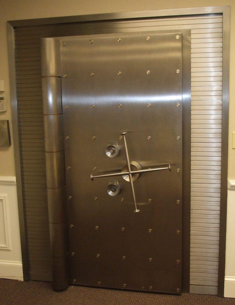 Le Meilleur Diebold Advanced Vault Door From The 60 S Era Bank Ce Mois Ci
