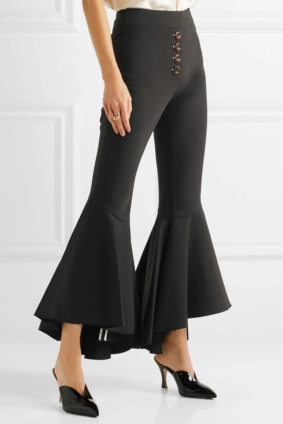 Le Meilleur 16 Things To Buy From Net A Porter S Spring Sale Ce Mois Ci