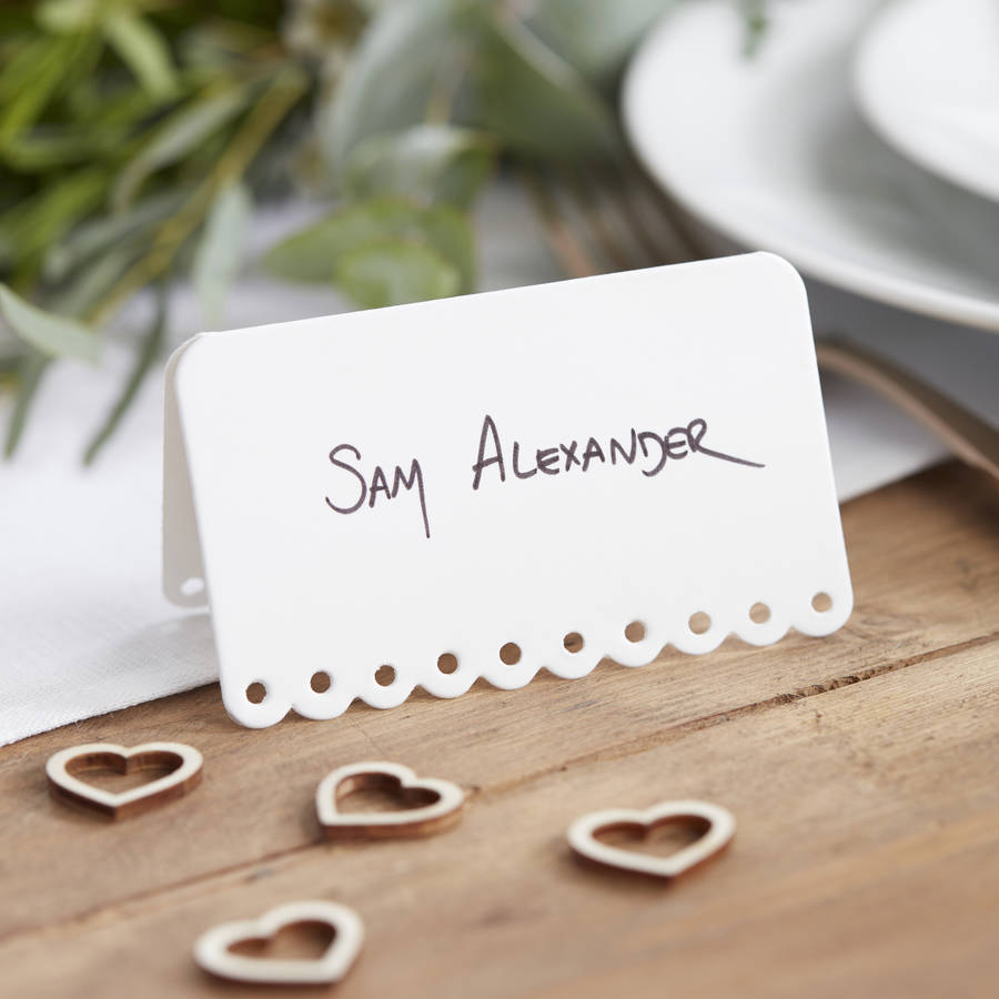 Le Meilleur White Scalloped Edge Wedding Place Cards By G*Ng*R Ray Ce Mois Ci