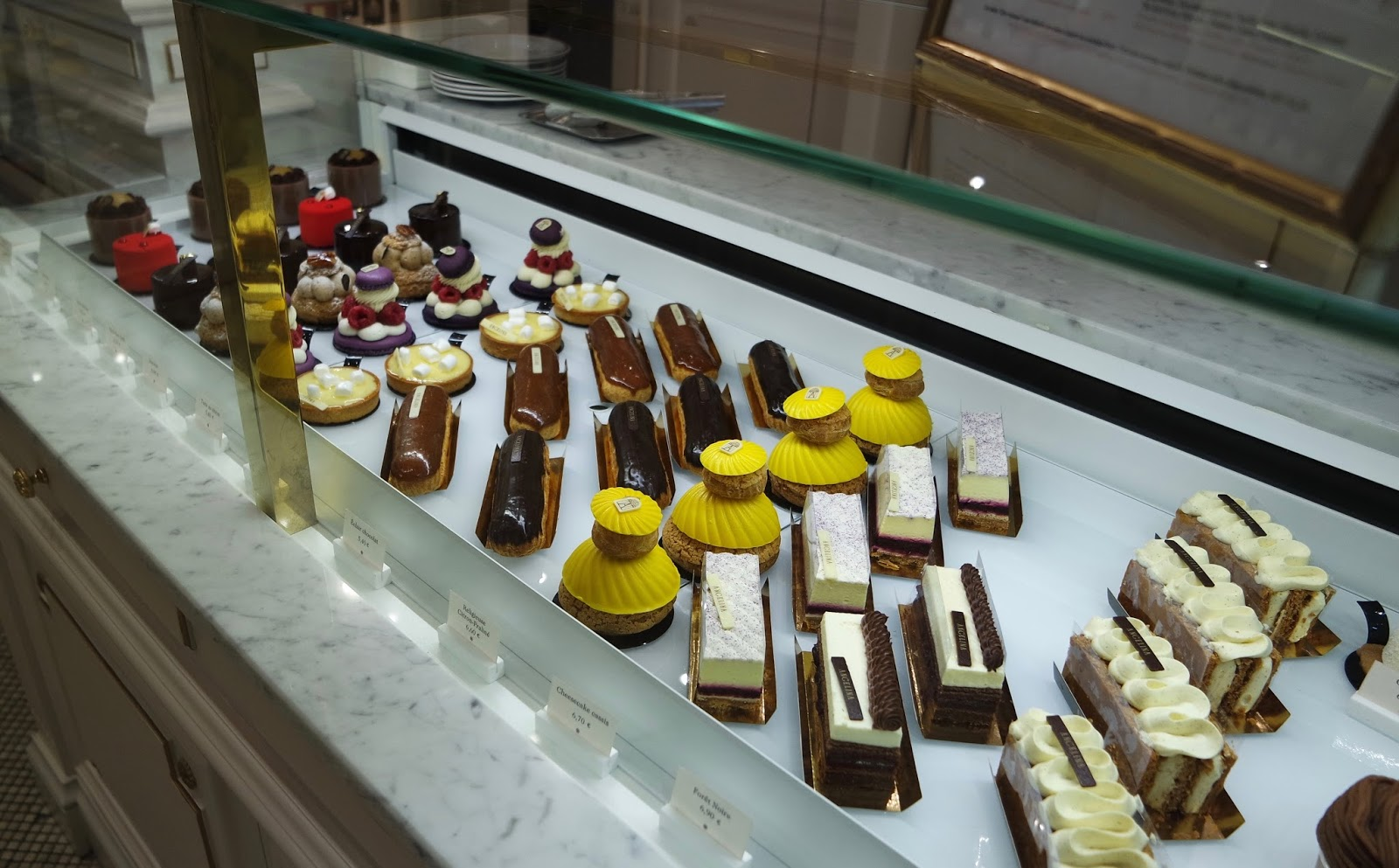 Le Meilleur Being Fancy At Angelina Gingerbread Smiles Ce Mois Ci