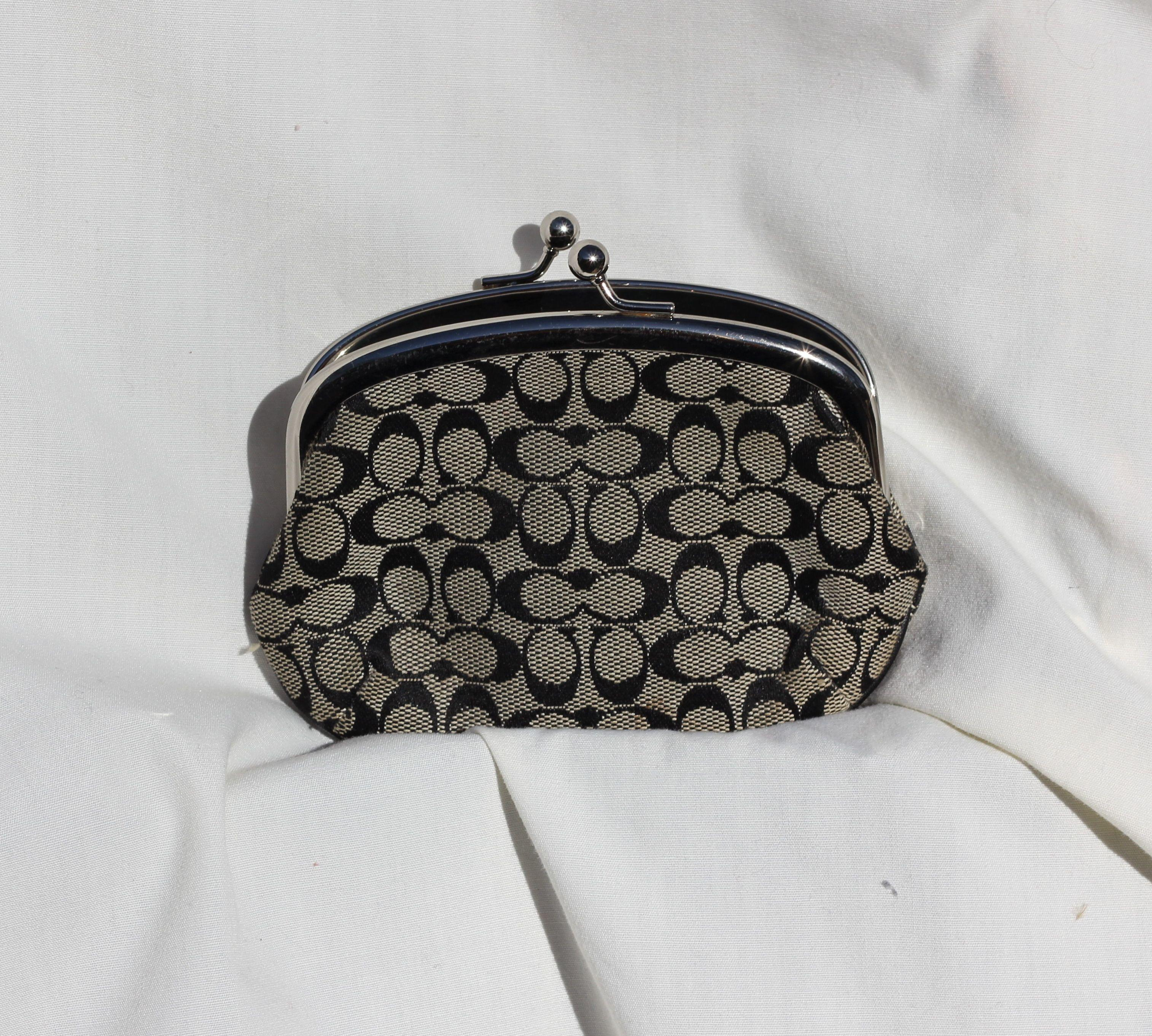 Le Meilleur Coach Black And Grey Wallet Coach Accessories Tradesy Ce Mois Ci