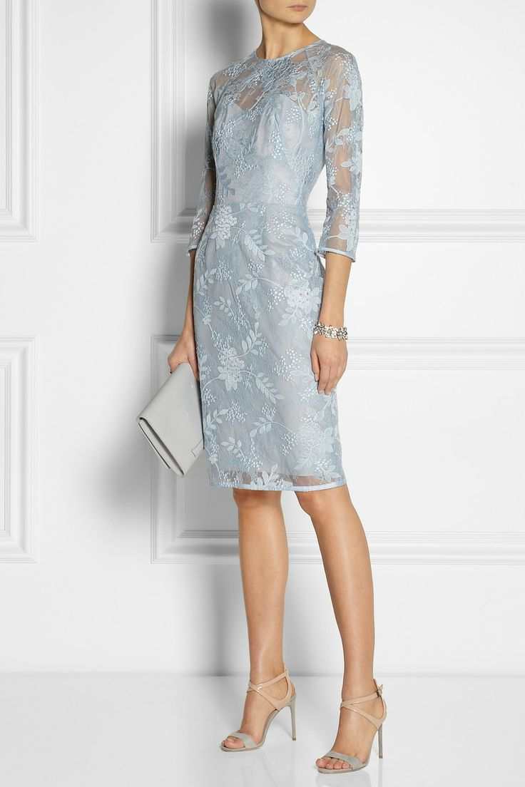 Le Meilleur Lela Rose Chantilly Lace Dress Net A Porter Com Ce Mois Ci