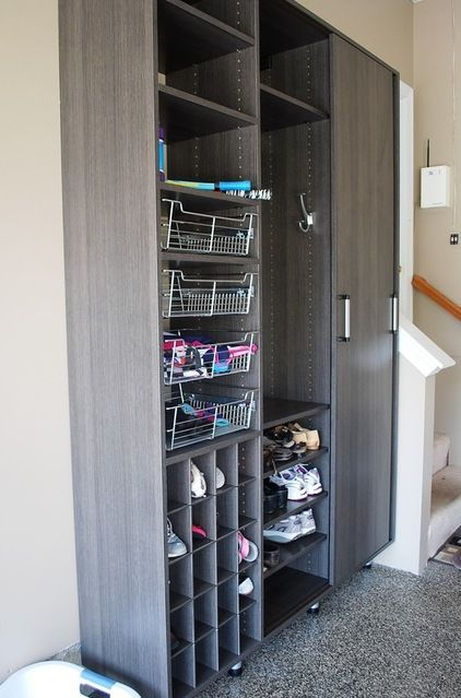 Le Meilleur Shoe Storage The Garage Door Is The Main Entrance In Many Ce Mois Ci