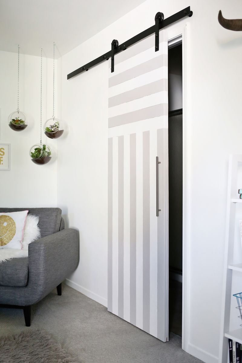 Le Meilleur Sliding Door Solution For Small Spaces A Beautiful Mess Ce Mois Ci