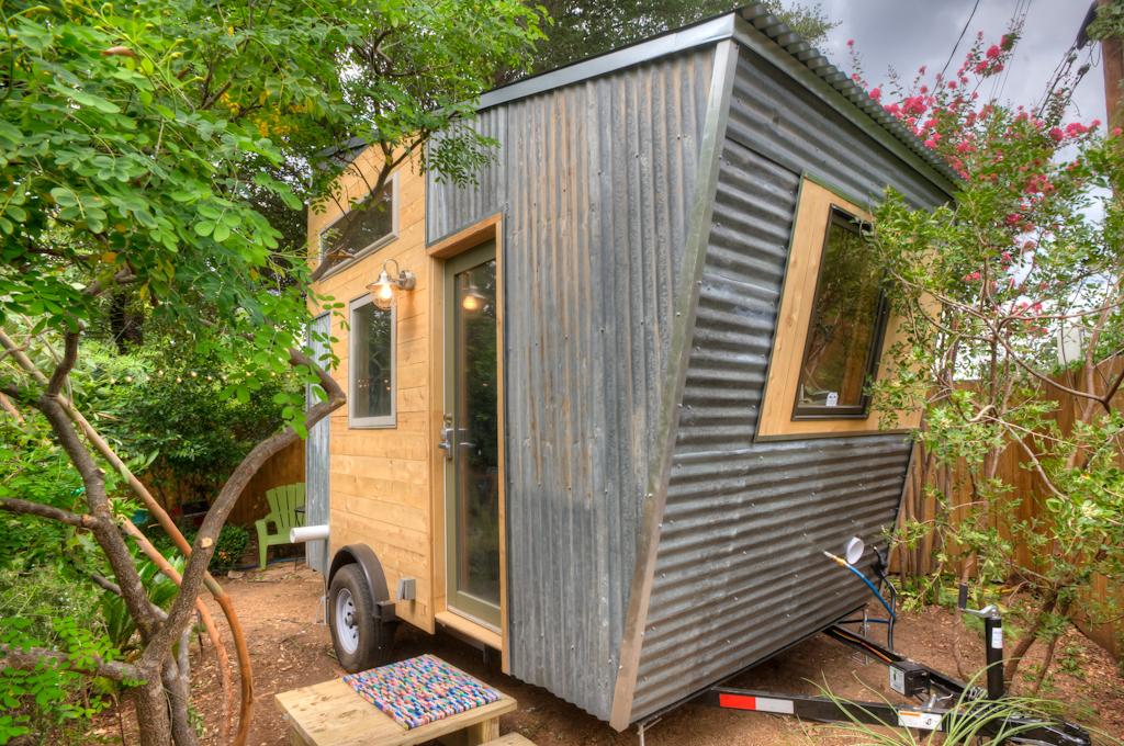 LIVE SIMPLY Rocky Mountain Tiny Houses