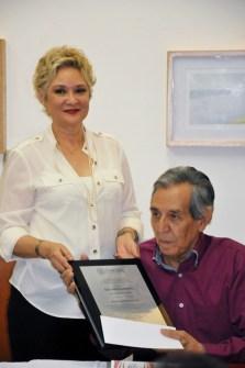 fecas13-14-630x948 Reconocen a Mario Moreno Zazueta como Creador Emérito 2013-2014