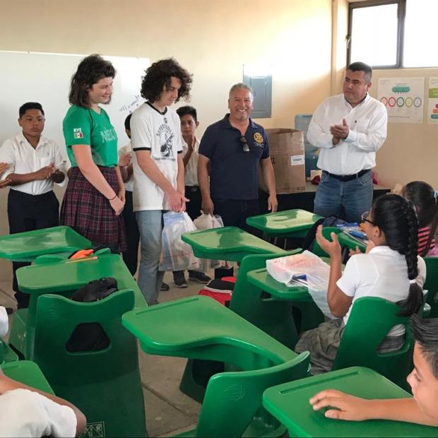 5 Peñasco Rotary Club delivers school supplies to local middle school