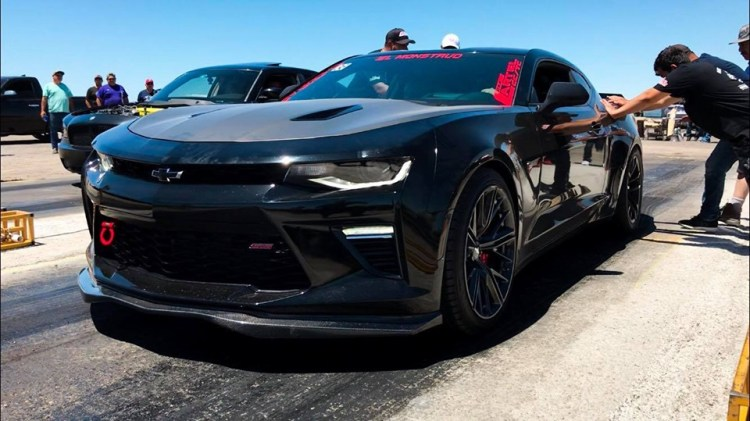 Drag-Racing Car Show and Drag Racing