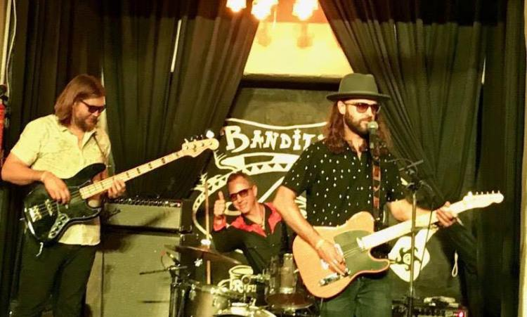Rose-Colored-Eyes-Banditos-19 Rose Colored eyes live at Banditos