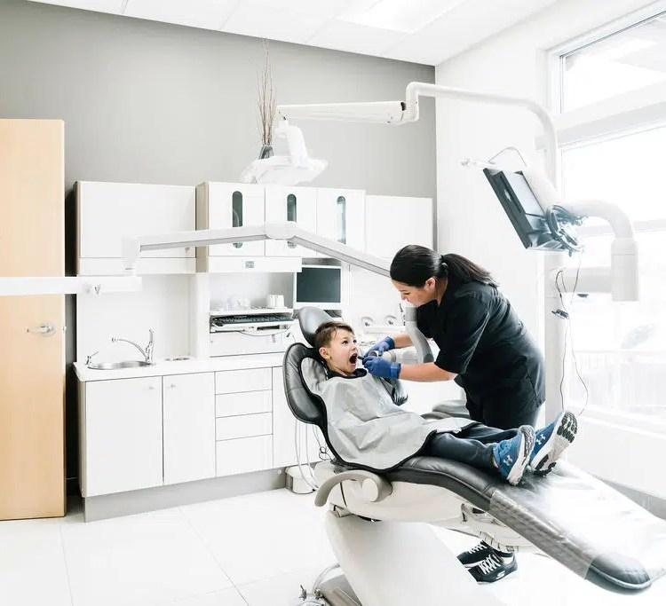 Children's dental exam