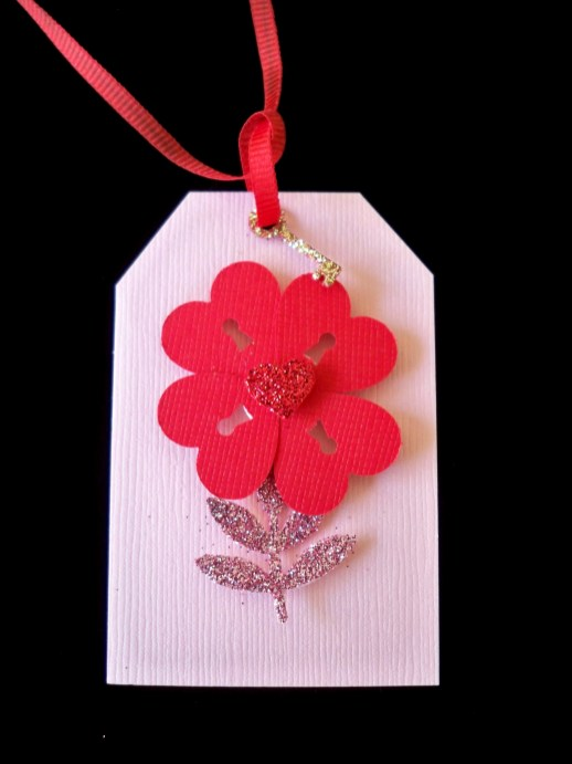 flower-heart-gift-tag