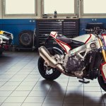 Mix N Match Pikes Peak Aprilia Tuono Return Of The Cafe Racers