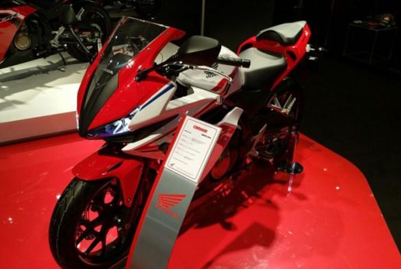 Honda-CBR150R-Facelift-2016