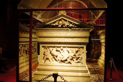 Archeologisch museum 39 (sarcofaag van Alexander de Grote)