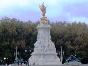 Buckingham Palace 22