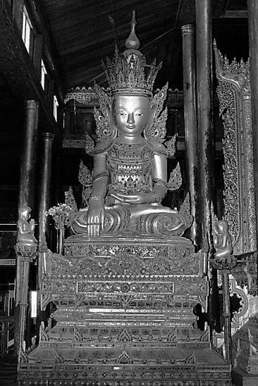 Nga Phe Kyaung (13)