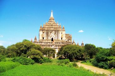 Thattbinyu-tempel (2)
