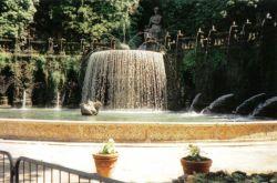 Tivoli 08 (Villa d'Este - Fontein van Ovato)