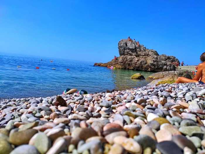 Фото пляжа Лягушка Алупка5