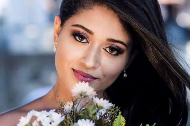 Bride Wedding Bridal Bouquet Makeup - u_r814468k / Pixabay