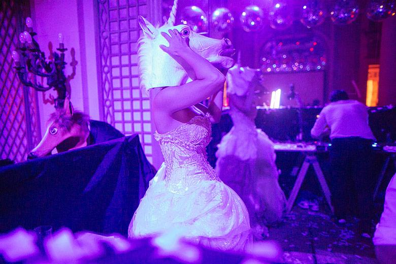 Foto de casamiento con luz ambiente