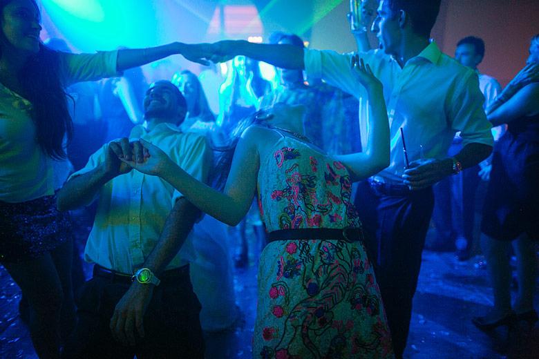 fotos de casamiento con luz disponible en astilleros milberg