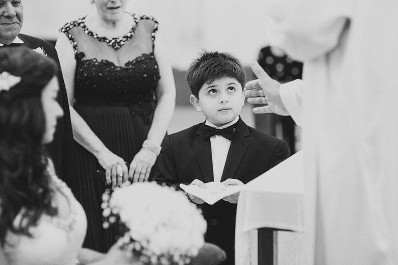 foto espontanea de casamiento iglesia san patricio