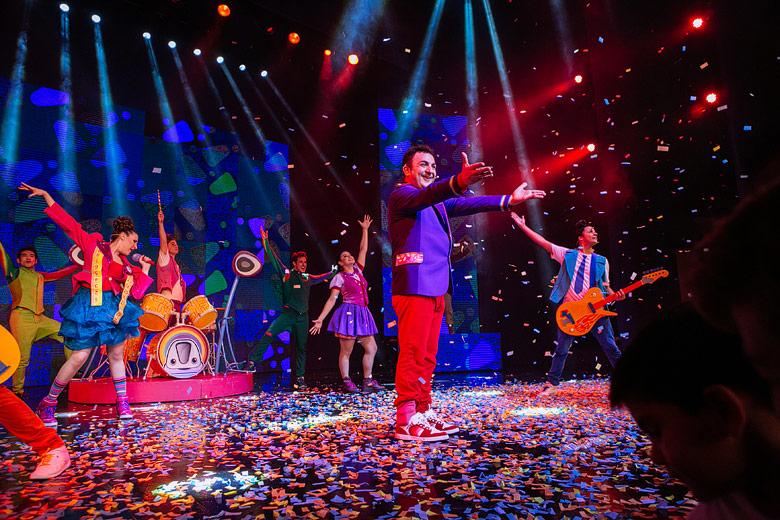 fotos en vivo del show de topa en el teatro opera