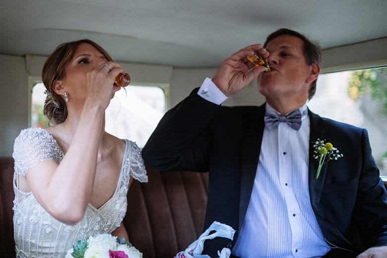 foto divertida de casamiento