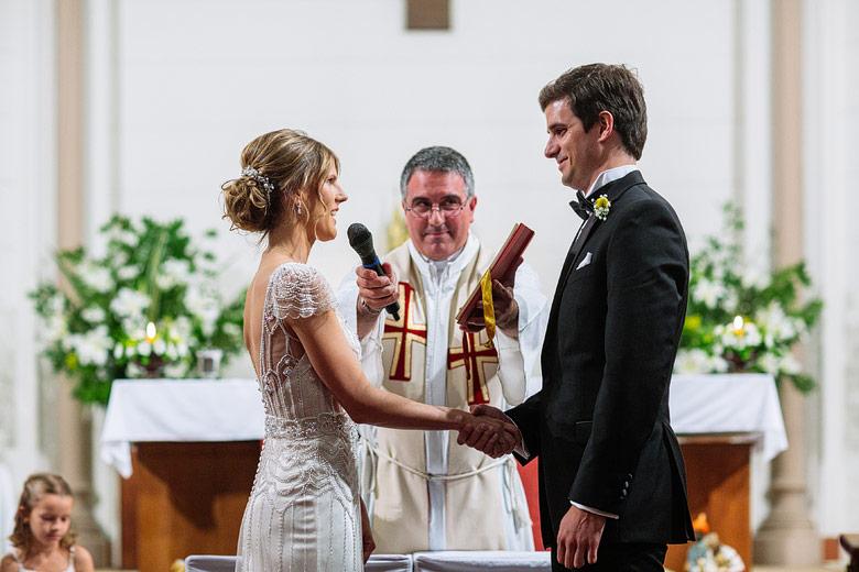 ceremonia de casamiento en colegio marin