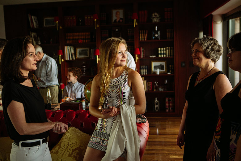 candid family portraits in buenos aires