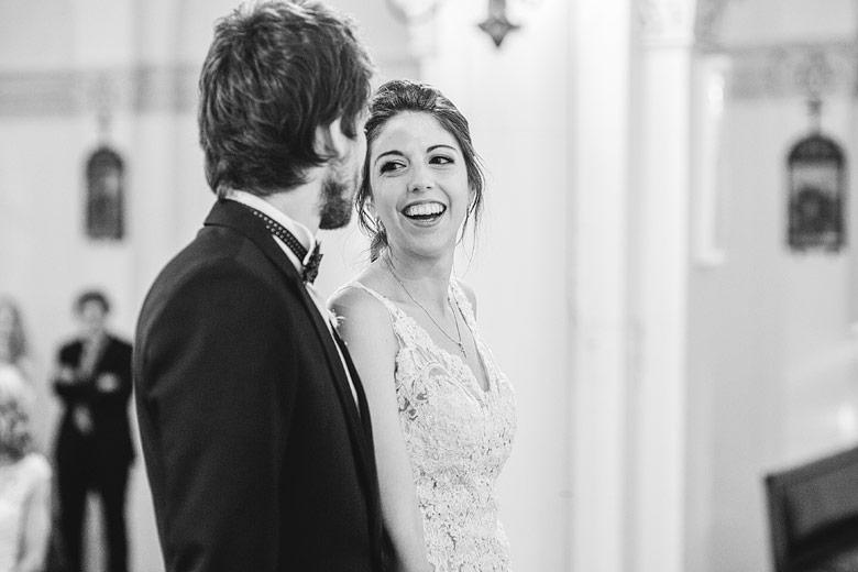 foto de boda en iglesia santiago apostol