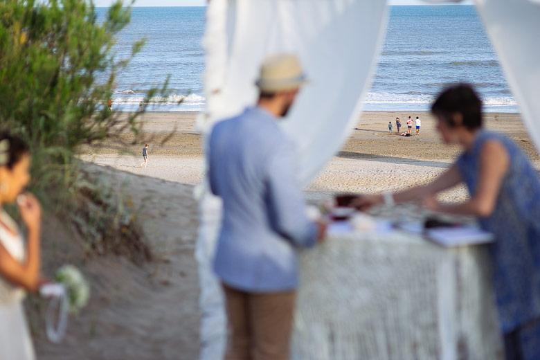 fotografia de ceremonia en la playa