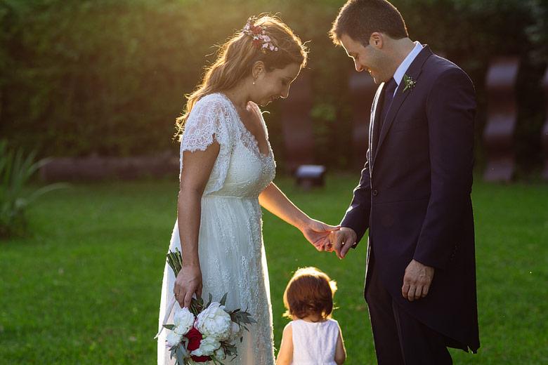 fotos espontaneas de casamientos al aire libre
