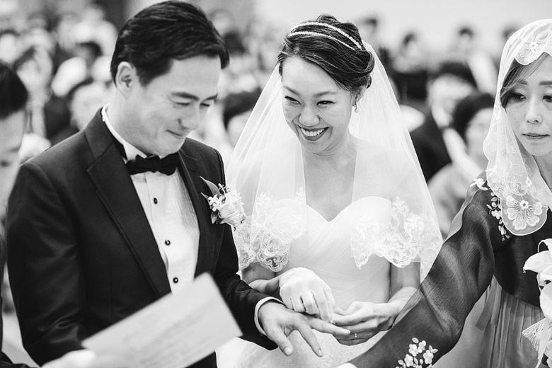 자발적인 결혼식 사진사