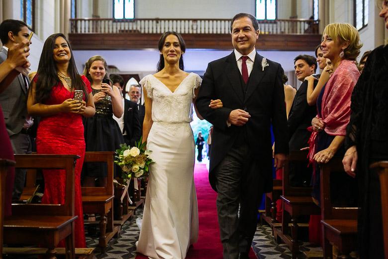 boda en iglesia del colegio marin