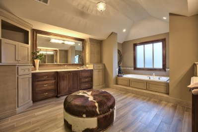 Larsen II master bath with tiled floor