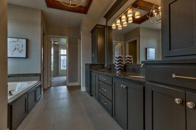 Summerlin EX master bath with double vanity