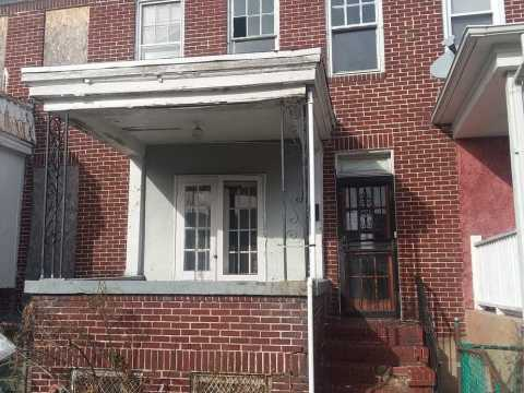 2112 Presbury St, Baltimore, MD 21217 just dated and vacant too long