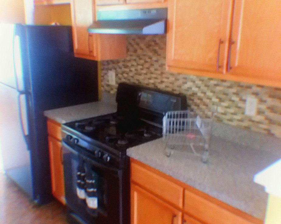1602 SHADY GLEN DRIVE, DISTRICT HEIGHTS, MD 20747 Galley Kitchen from Breakfast Nook
