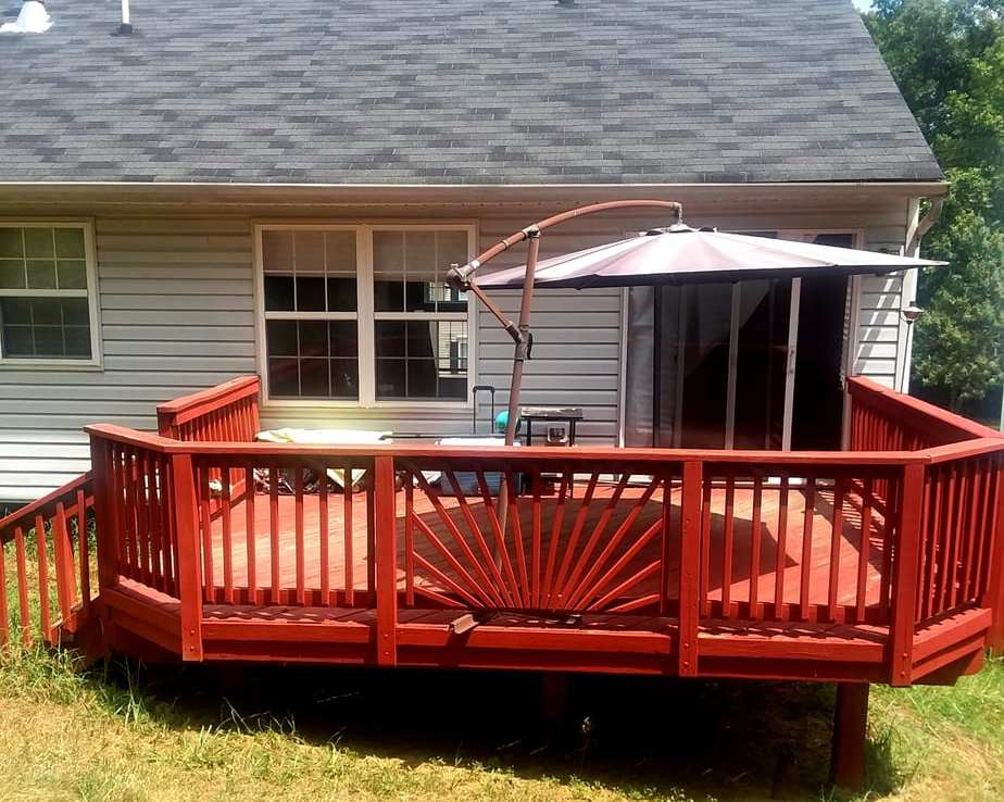 1602 SHADY GLEN DRIVE, DISTRICT HEIGHTS, MD 20747 Rear Deck