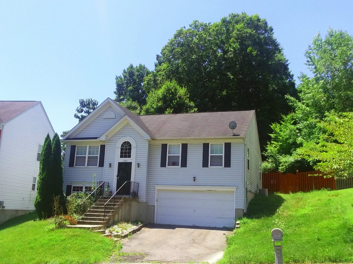 1602 Shady Glen Drive, District Heights, MD 20747 Front Upper Center