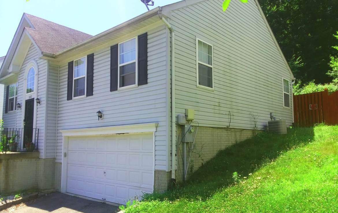1602 Shady Glen Drive, District Heights, MD 20747 Front Upper