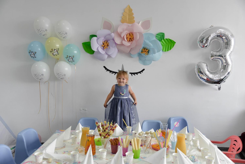 3 urodziny Weroniki w Kawa i Zabawa- urodziny tematyczne- jednorożec