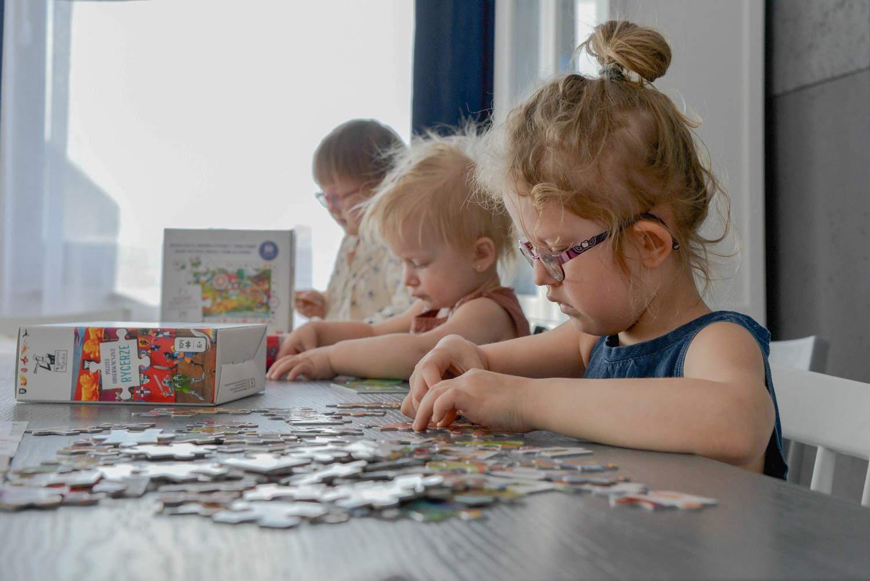 Jedenaście produktów- setki kreatywnych zabaw! czyli do kogo uderzać gdy Twoje dziecko zaczyna się nudzić.